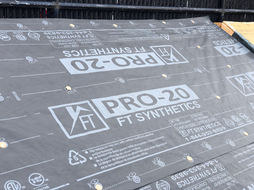 FT-pro20-on roof